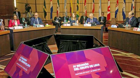 Miembros de las naciones del Grupo Lima asisten a una reunión en Santiago, Chile, el 23 de enero de 2018.