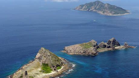 Tres de las islas inhabitadas en disputa de Diaoyu, conocidas como Senkaku en Japón.