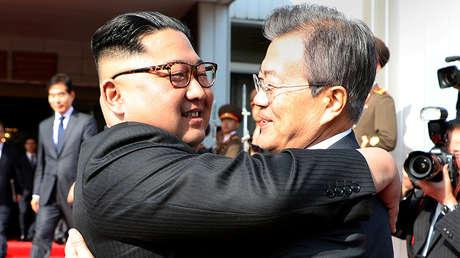 Los líderes de Corea del Norte y del Sur, Kim Jong-un y Moon Jae-in.