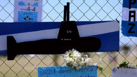 Muestras de apoyo a la tripulación del submarino desaparecido ARA San Juan en las inmediaciones de la base naval de la Armada Argentina de Mar del Plata. 25 de noviembre de 2017.