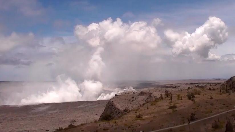 A vista de dron: Así luce un cráter del tamaño de 90 campos de fútbol del volcán Kilauea en Hawái