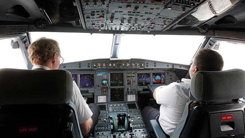 Una tormenta de granizo destruye en pleno vuelo el morro de un avión de American Airlines (FOTO)