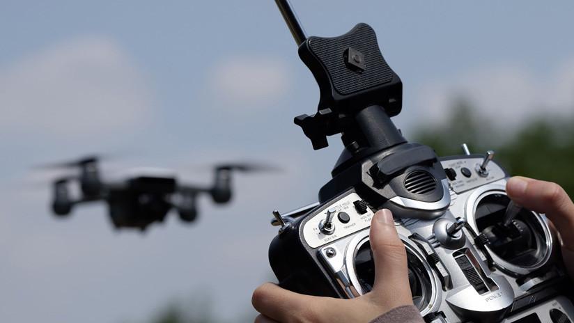 VIDEO: Dron filma cómo es salvado en el último momento de caer al agua