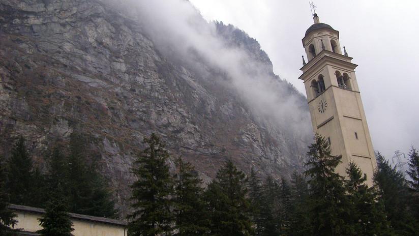 VIDEO: Una iglesia se salva por los pelos de quedar sepultada por un alud en Italia