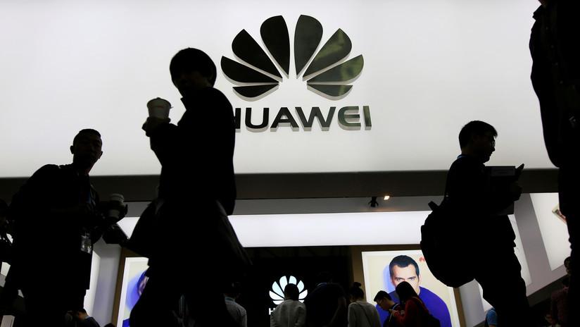 Facebook compartía datos de sus usuarios con cuatro empresas chinas, entre ellas Huawei y Lenovo