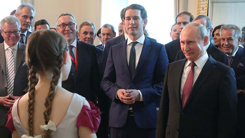 VIDEO: Niña prodigio del piano deja a Putin con la boca abierta durante su visita a Austria