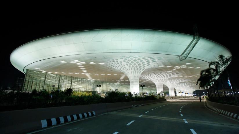 El aeropuerto de Bombay bate su propio récord mundial de salidas y llegadas en un día