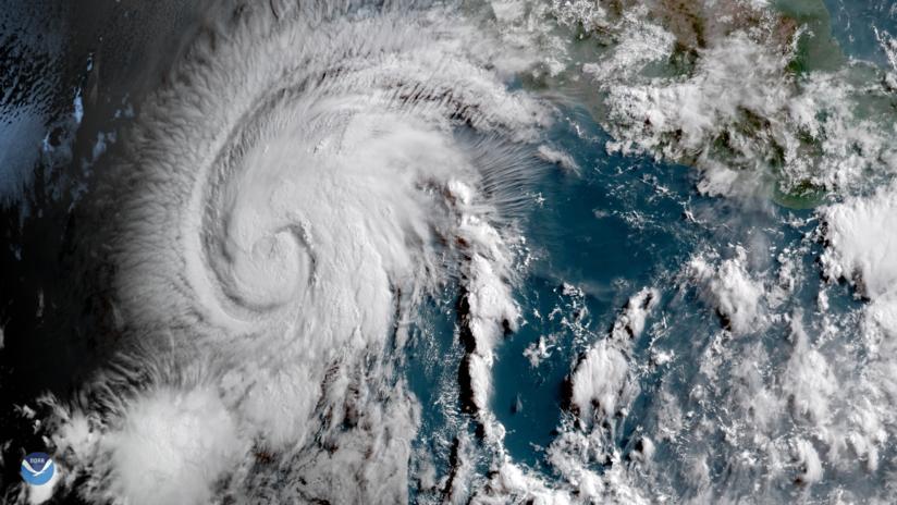 'Aletta' está cerca de México y se convierte en el  primer huracán de la temporada en el Pacífico