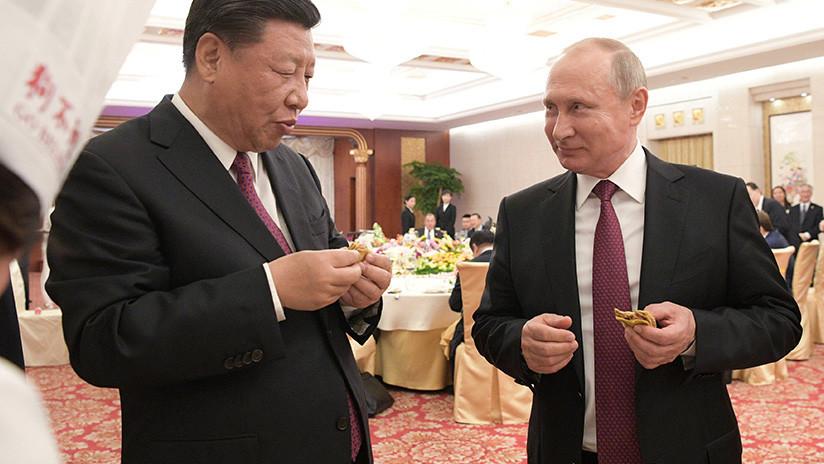VIDEO: Putin debuta como chef de la comida tradicional china durante su visita al país asiático