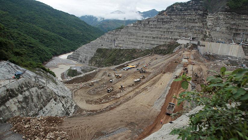 Amenaza latente: Un megaproyecto hidroeléctrico pone en riesgo a miles de personas en Colombia