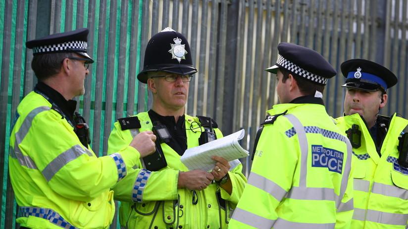 FUERTE VIDEO: Un atropello junto a un 'pub' británico deja 4 heridos