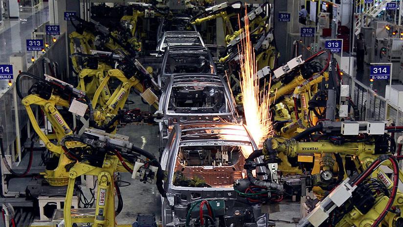 """""""Es un asunto serio"""": Putin comenta los planes de EE.UU. de limitar la importación de autos europeos"""