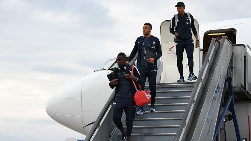 La selección francesa llega a Moscú en busca de la Copa Mundial