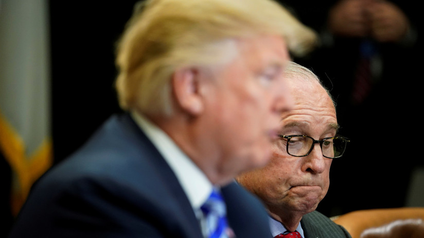 Trump economic adviser Larry Kudlow suffers heart attack