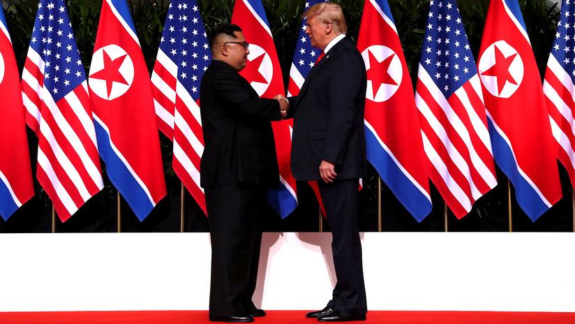 ¿Cuánto mide Kim Jong Un? - Real height 5b1f1ffc08f3d983228b4568
