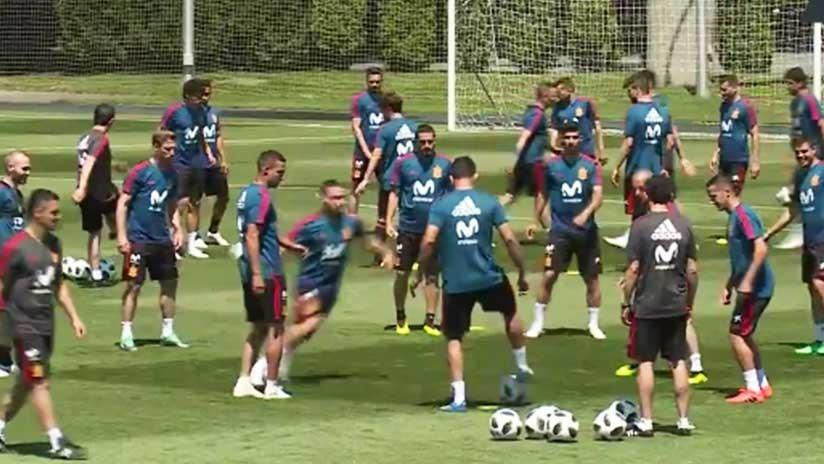 España: Conferencia de prensa y entrenamiento antes de la Copa del Mundo (VIDEO)