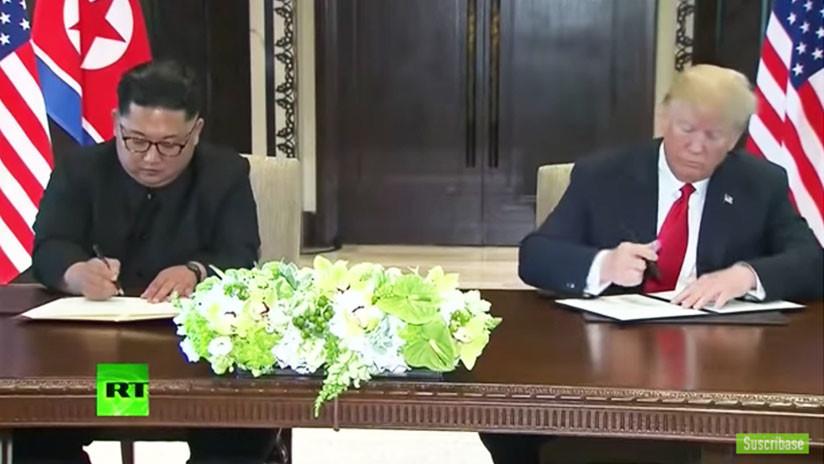 VIDEO: Donald Trump y Kim Jong-un firman un documento tras su histórica cumbre en Singapur