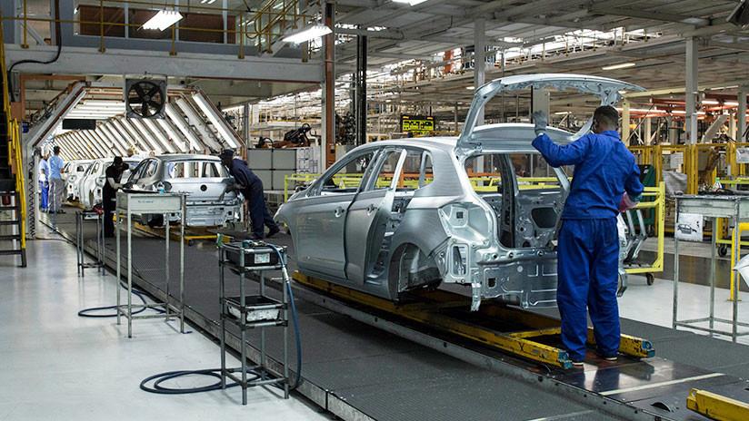 Sin acero ni aluminio: La industria automotriz mexicana solo tiene suministros para 60 días (VIDEO)