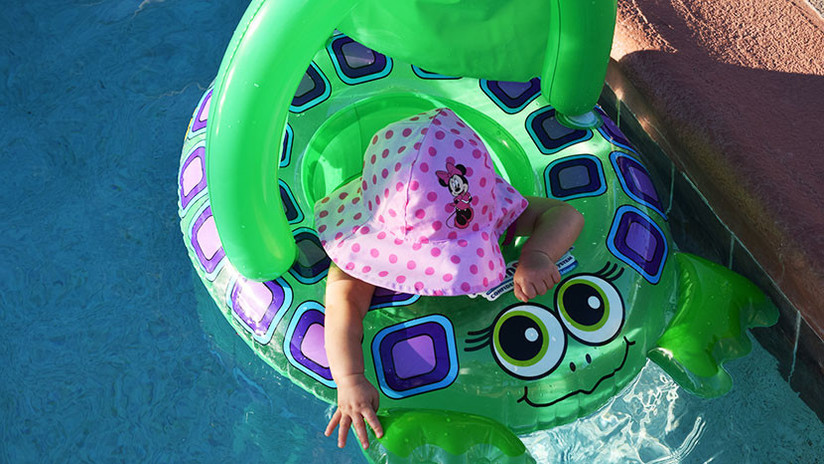Hija de 19 meses de un famoso esquiador olímpico muere ahogada en una piscina
