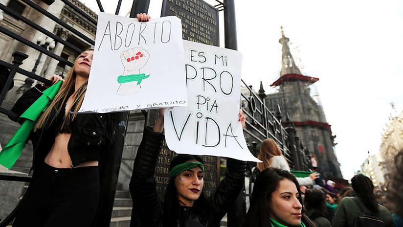 """""""Nosotres, les estudiantes"""": El polémico uso del género 'neutro' que enciende la red"""