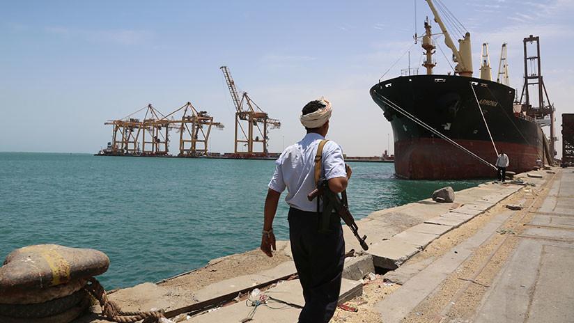 La coalición liderada por Arabia Saudita ataca un puerto clave de Yemen