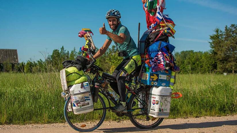 El hincha argentino que vino al Mundial de Rusia en bicicleta cuenta su travesía a RT