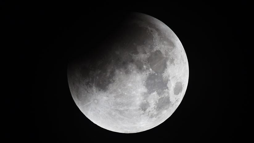 Un satélite retransmisor chino alcanza el punto L2 en la cara oscura de la Luna