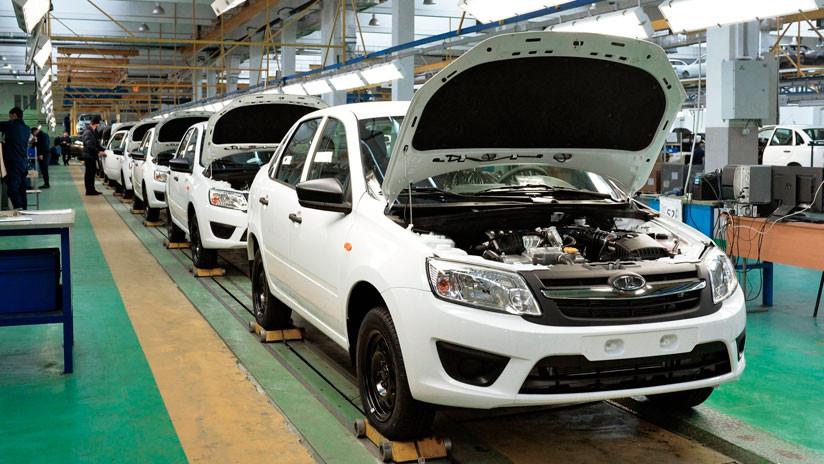 El video de la Casa Blanca sobre el futuro de Corea del Norte muestra una fábrica de autos rusa