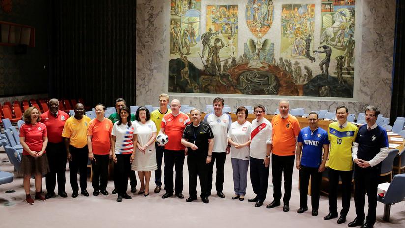 Video: Embajadores ante el Consejo de Seguridad de la ONU celebran 'pachanga futbolera'