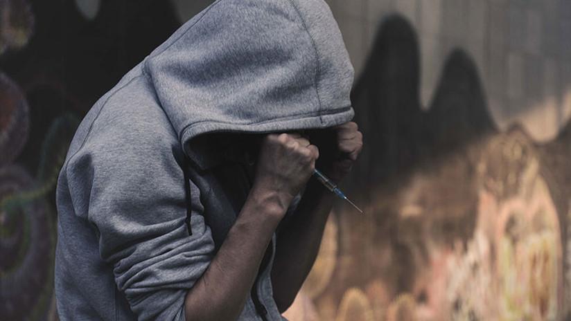 """""""Ha sido un largo camino"""": Un exadicto a la metanfetamina publica fotos de su transformación"""