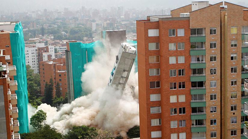 VIDEOS: Espectacular derrumbe controlado de una torre de apartamentos en Colombia