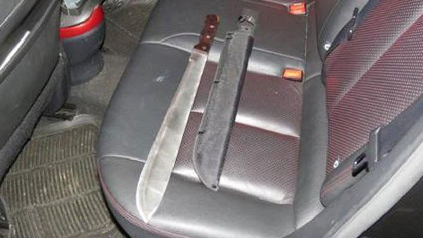 VIDEO: Hombres armados con machetes amenazan de muerte y roban a un médico al norte de Londres