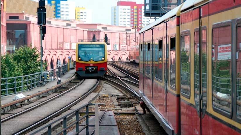 Acuchillan a dos mexicanos en un tren urbano en Berlín