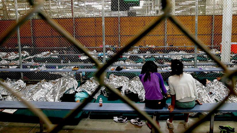 Trump estudia crear una ciudad de tiendas de campaña para niños inmigrantes en puestos militares