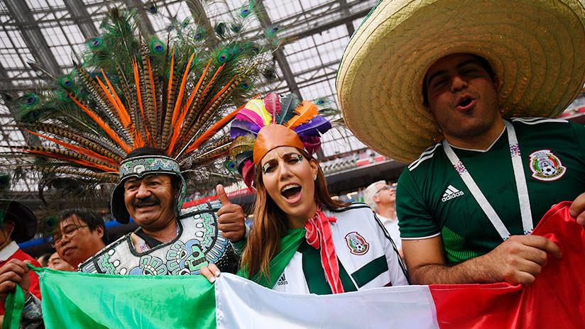 Su novia no le dejó ir al Mundial para apoyar a México, pero su silueta se lo pasa genial en Rusia