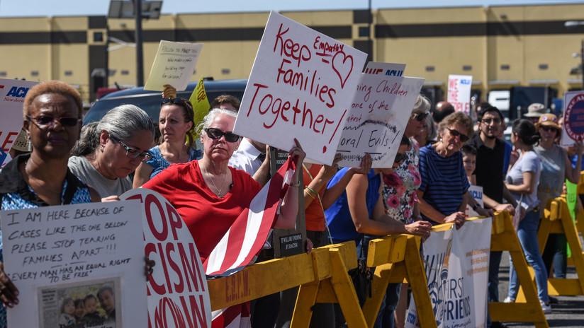 """La ONU insta a EE.UU. a acabar con la """"intolerable"""" separación de las familias inmigrantes"""