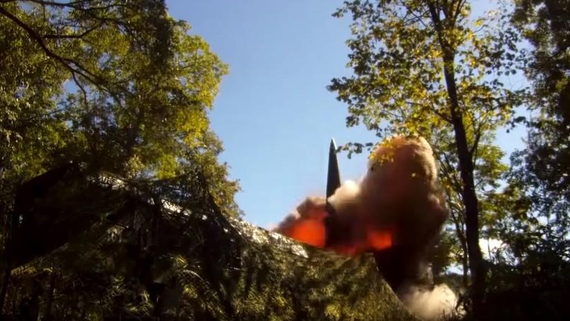 VIDEO: Rusia prueba un misil balístico desde una instalación móvil Iskander-M