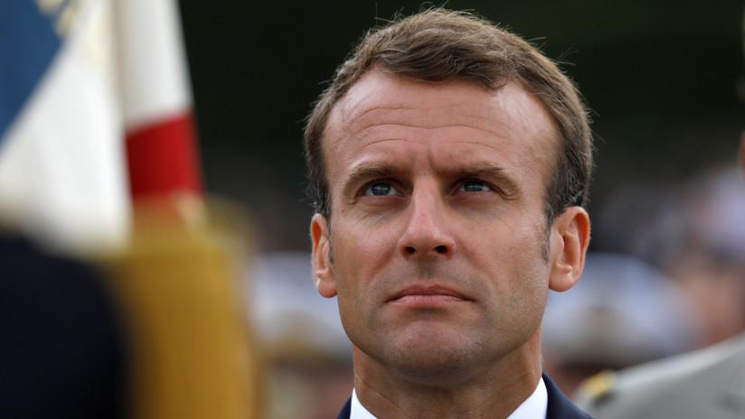"""El presidente francés reprende a un adolescente por llamarlo """"Manu"""""""