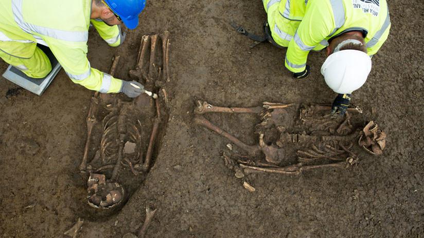 Hallan en Reino Unido los restos de unos hombres brutalmente asesinados en la Antigüedad
