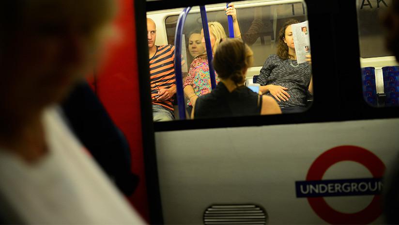 """Evacúan una estación del metro de Londres tras producirse """"una pequeña explosión"""""""