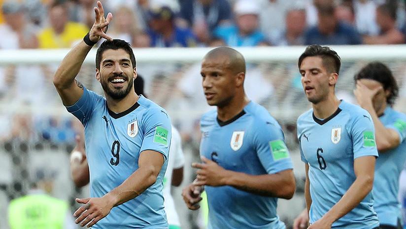 Ha bastado con un gol de Luis Suárez para que los 'charrúas' certifiquen su pase a la siguiente ronda.