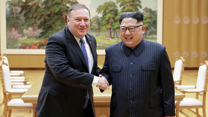 Reportan que Pompeo bromeó en una reunión con Kim Jong-un sobre su asesinato