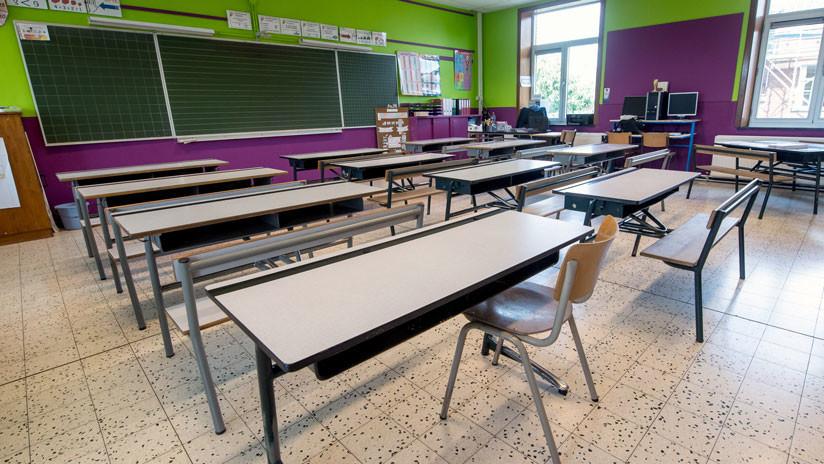 VIDEO: Graban a profesor argentino robando a sus alumnos mientras estaban en el recreo