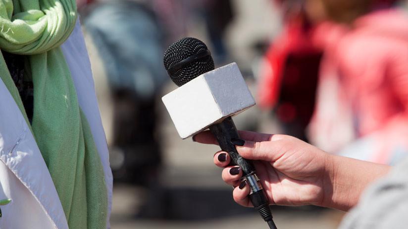 Hincha que acosó auna reportera colombiana en una transmisión en vivo del Mundial pide disculpas
