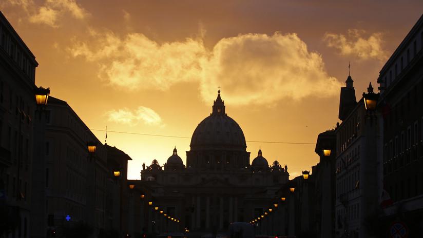 Tribunal del Vaticano condena a 5 años de cárcel a un sacerdote por posesión de pornografía infantil