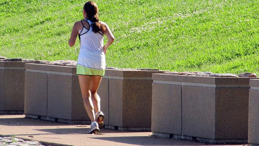 Pasa dos semanas detenida en EE.UU. por cruzar la frontera mientras hacía 'jogging'