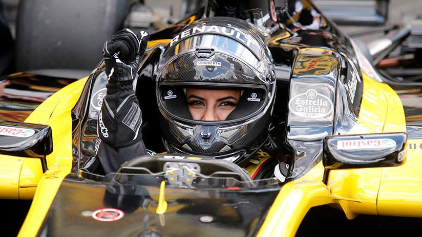 Una saudita al mando de un Fórmula 1 marca el inicio del derecho a manejar de las mujeres de su país