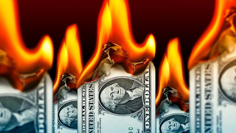 Economista: Una guerra comercial con China provocará el colapso del dólar estadounidense