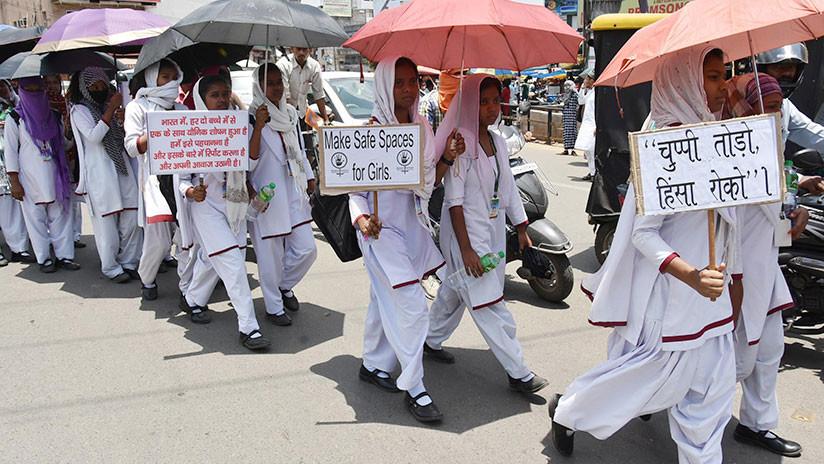 Un grupo de hombres viola a cinco mujeres activistas en la India