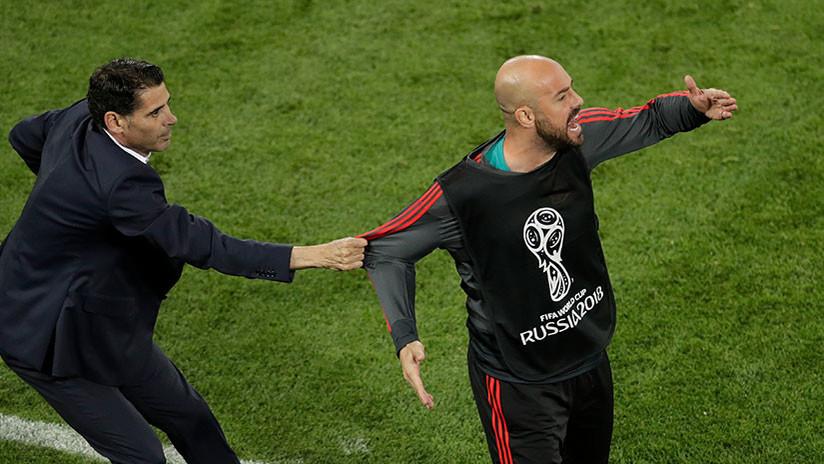 La reacción del seleccionador de España con su portero suplente se vuelve viral en la Red